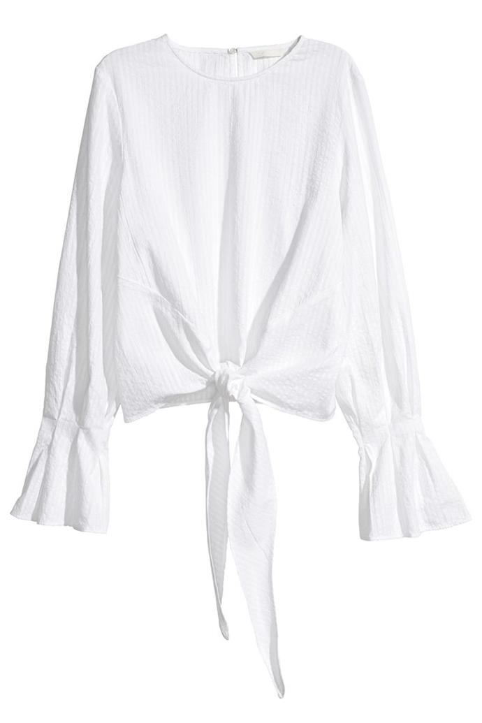 "**12. A Look For Less** <br><br> Toss this one on over a bikini at the beach, stress free. <br><br> Top, $24 (approx.) at [H&M](http://www.hm.com/us/product/93316?article=93316-D#article=93316-C|target=""_blank""