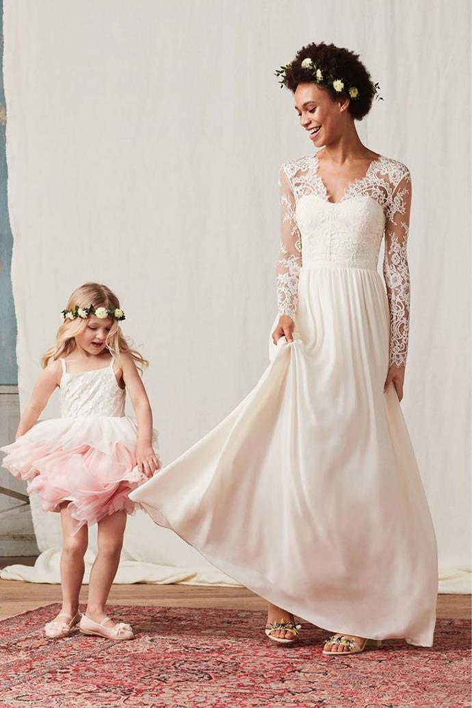 H m recreates kate middleton s wedding dress for 390 for Need to sell my wedding dress