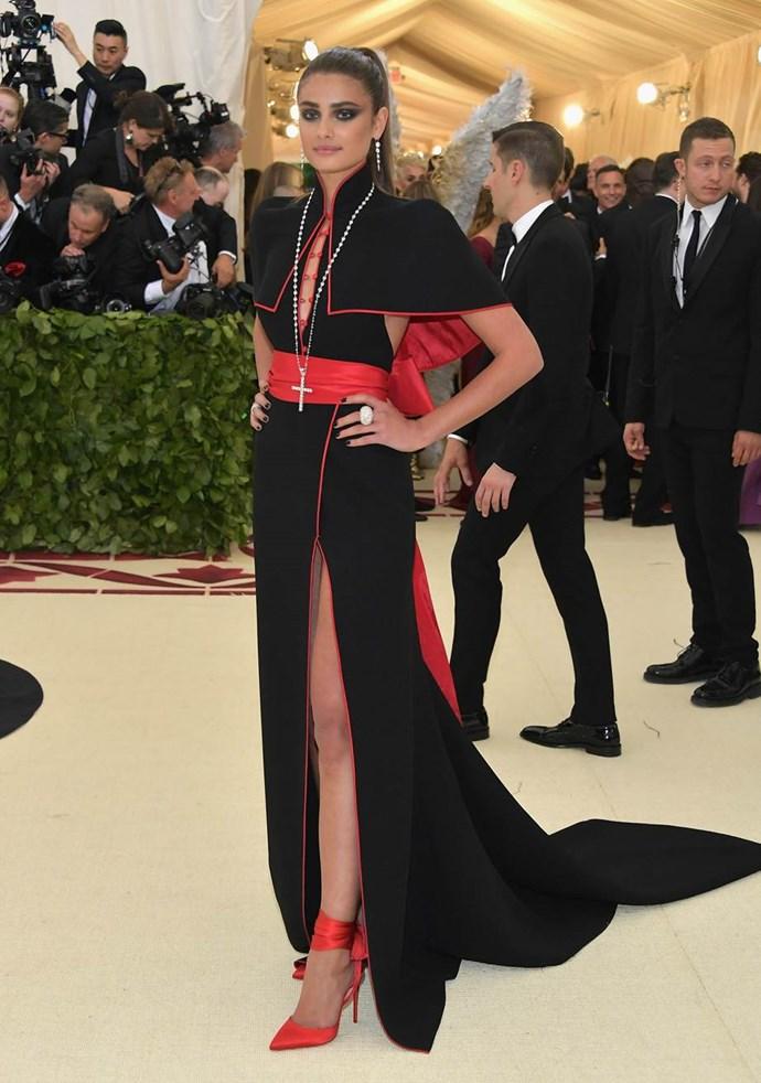 "**Taylor Hill in H&M**<br><br>  ""Costume party?"" - Caroline Tran, junior fashion editor"