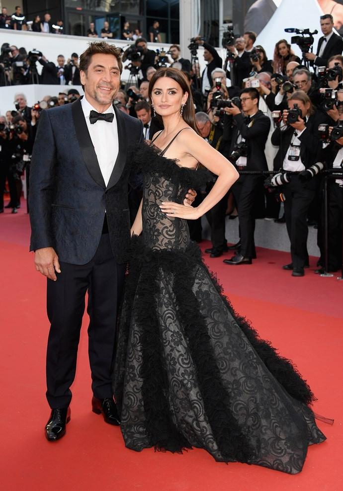 **Penélope Cruz in Atelier Swarovski Fine Jewellery with husband Javier Bardem at the premiere for their film '*Everybody Knows*'**