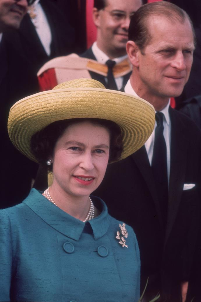 **QUEEN ELIZABETH II IN MALTA: 1967** <br><br> Visiting Malta with Prince Philip in 1967, Elizabeth II showed her fondness for a bold, OTT straw moment.
