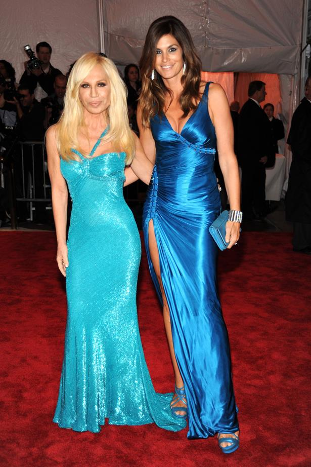 Donatella Versace in 2009 with Cindy Crawford.