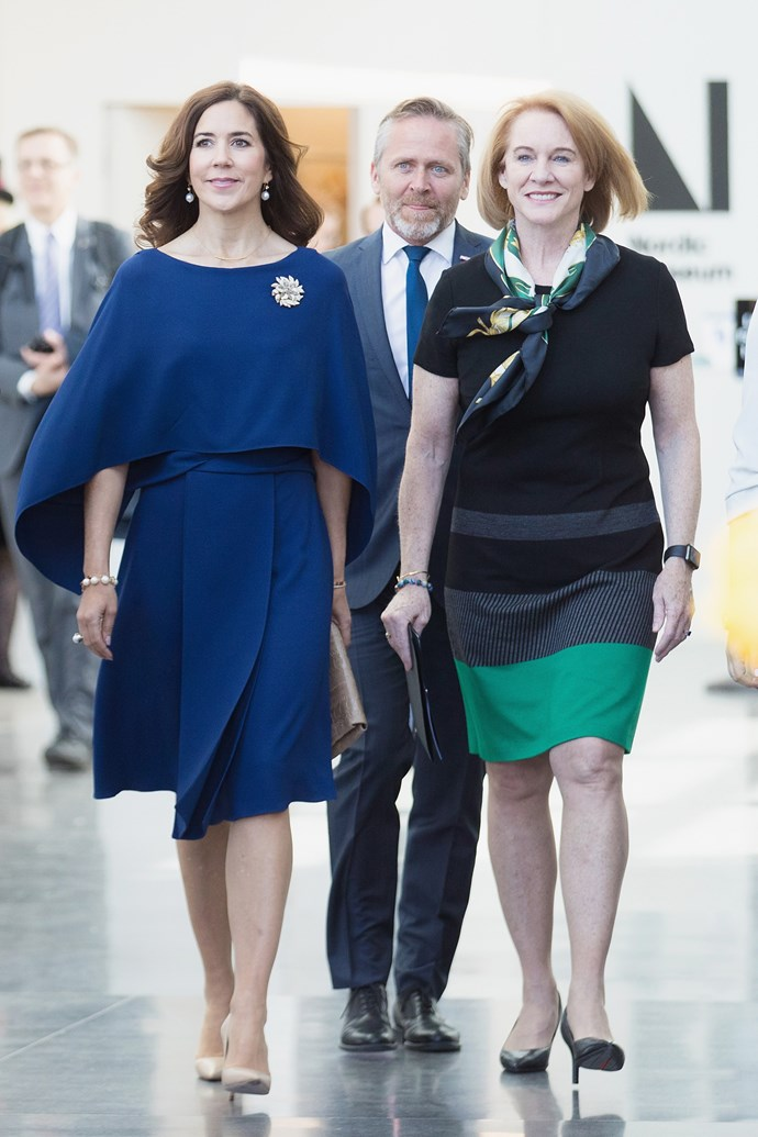 **May 5, 2018** <br><br> Mary donned an azure-blue dress in Seattle while visiting the United States.