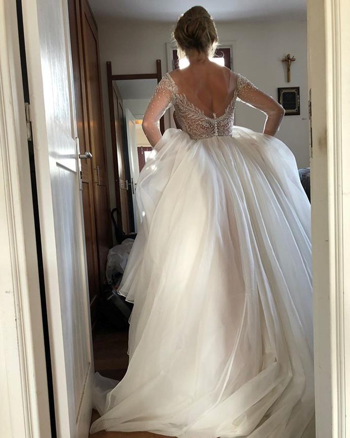 "**The dress**  Instagram: [@verrechiastudios](https://www.instagram.com/p/BjmuPH9H0HK/ target=""_blank"" rel=""nofollow"")"