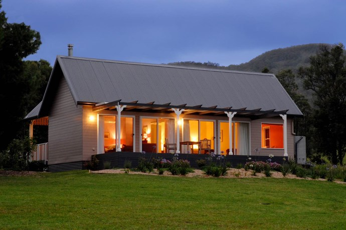 """**Kangaroo Valley**  Escape the hustle and bustle of the city this weekend and appreciate the mountain views of Kangaroo Valley from the luxurious oasis that is [Crystal Creek Meadows](https://www.booking.com/hotel/au/crystal-creek-meadows.en-gb.html?aid=304142;label=gen173nr-1DCAsoD0IabWlsdG9uLXBhcmstY291bnRyeS1ob3VzZS1IM1gEaA-IAQGYAS64AQfIAQzYAQPoAQH4AQKSAgF5qAID;sid=cb8496a253f604d6536037224bcbf632;all_sr_blocks=39853603_90373562_2_0_0;bshb=2;checkin=2018-10-19;checkout=2018-10-22;dest_id=-1580913;dest_type=city;dist=0;group_adults=2;hapos=3;highlighted_blocks=39853603_90373562_2_0_0;hpos=3;nflt=class%3D5;room1=A%2CA;sb_price_type=total;srepoch=1528428917;srfid=edf7968de48e27e54176694cc70321b49a732279X3;srpvid=3242193ac89b0182;type=total;ucfs=1&#hotelTmpl