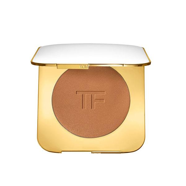 """Tom Ford's bronzer is eye-wateringly expensive but trust us — it's worth it. A little goes a very long way in giving your skin a sun-kissed glow (Repeat after us: Thy shall not put thy face in the sun) — add a lick of mascara and a swipe of nude lipstick and you're set for the night. <br><br> Bronzer by Tom Ford, $150 at [Sephora](https://www.sephora.com.au/products/tom-ford-beauty-the-ultimate-bronzer/v/bronze-age?gclid=EAIaIQobChMI__WVqe_y2wIVkYmPCh0apA_fEAQYASABEgIgk_D_BwE&dxid=f2eee73c-77ef-1530069035&dxgaid=XY-2720565a8b8c85c5c