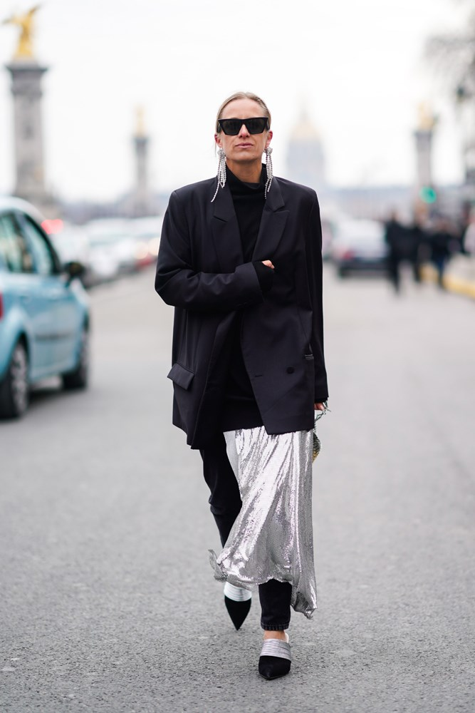 ***To warm up a maxi skirt***<br> Wearing pants underneath isn't the only way to convert your maxi skirt in winter. Try adding a skivvy as a top and layer over with a jacket or blazer.