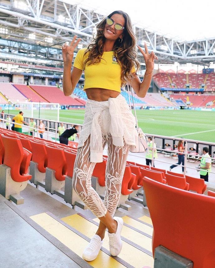 Izabel Goulart, supporting the Brazilian soccer team.