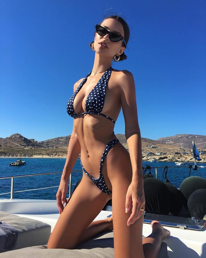 Emily Ratajkowski vacations in Greece.