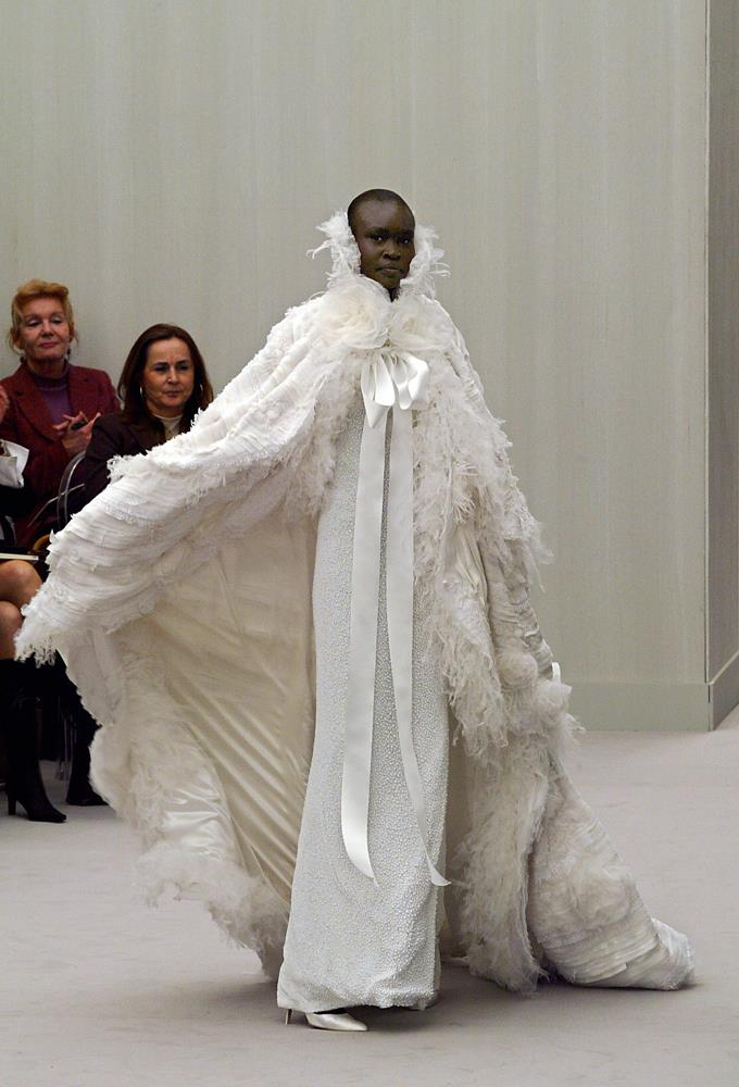 Chanel Haute Couture spring/summer 2004.