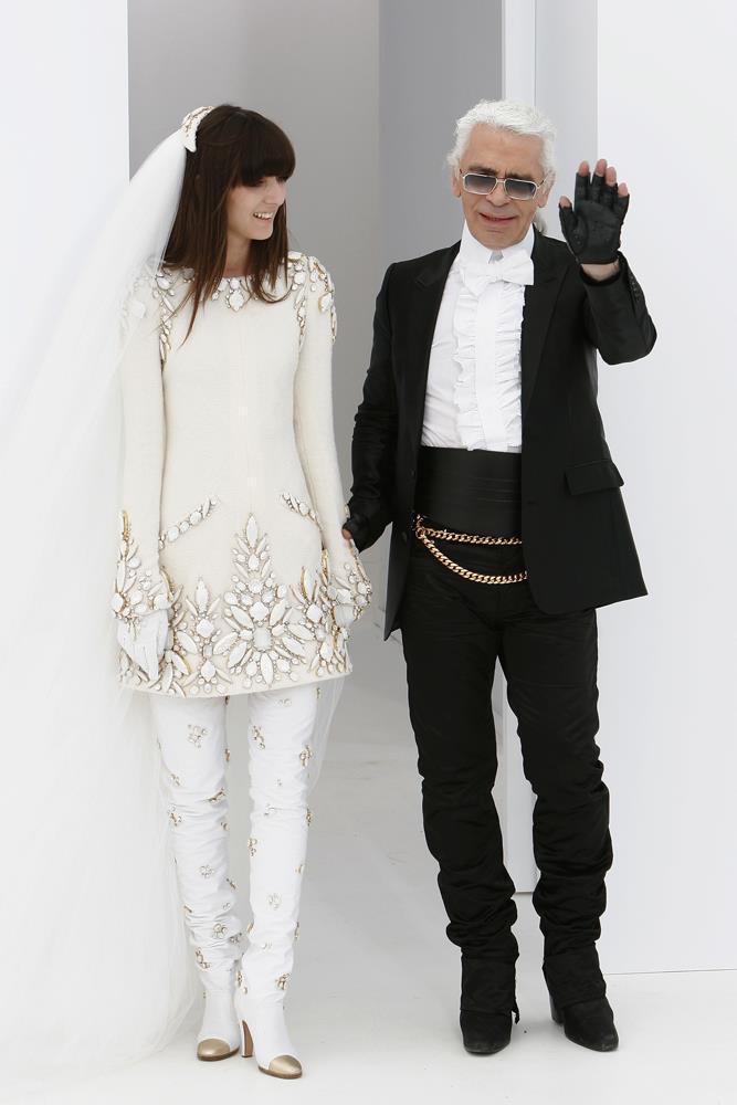 Chanel Haute Couture autumn/winter 2006/07.