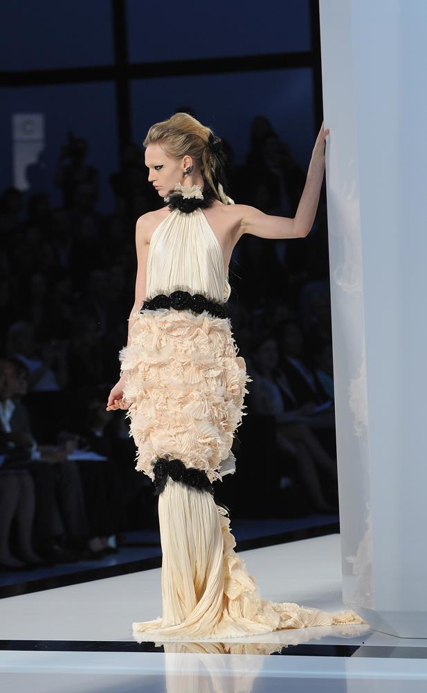 Chanel Haute Couture autumn/winter 2009/10.