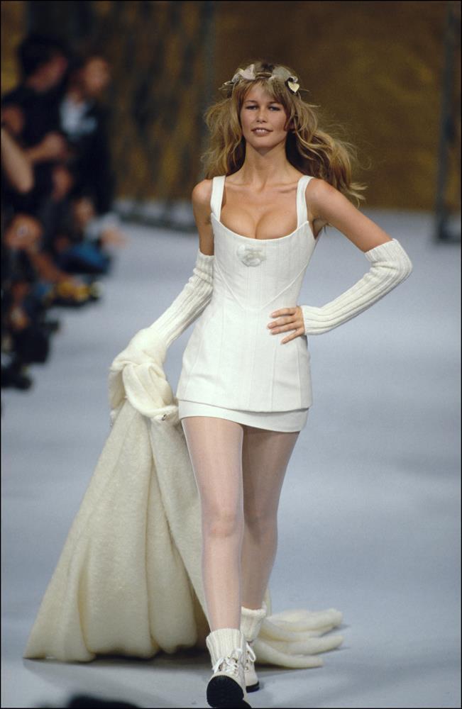 Chanel Haute Couture autumn/winter 1993/1994.