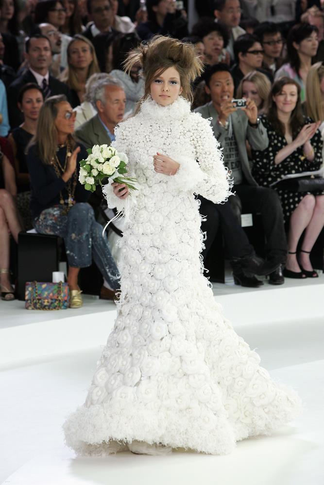 Chanel Haute Couture autumn/winter 2005.
