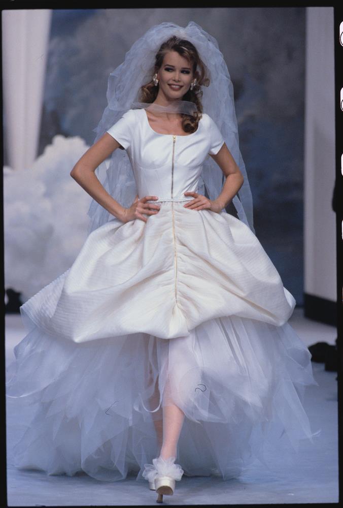Chanel Haute Couture autumn/winter 1990.