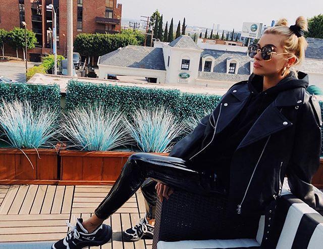 "**Hailey Baldwin: Louis Vuitton Archlights** <br><br> Image: [@haileybaldwin](https://www.instagram.com/haileybaldwin/?hl=en|target=""_blank""|rel=""nofollow"")"