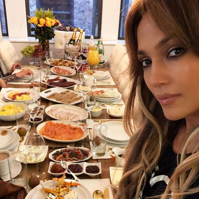 "**DIET: Smart Snacking** <br><br> While snacking for most consists of a packet of chips or a few squares of chocolate, JLo doesn't let herself get tempted by junk foods. Instead, she opts for healthy snacks between meals. ""I also love to relax with my kids after a workout and share a healthy snack with them,"" she told [Hello!](https://www.hellomagazine.com/healthandbeauty/health-and-fitness/2016062732123/jennifer-lopez-reveals-the-details-of-her-health-and-fitness-routine/