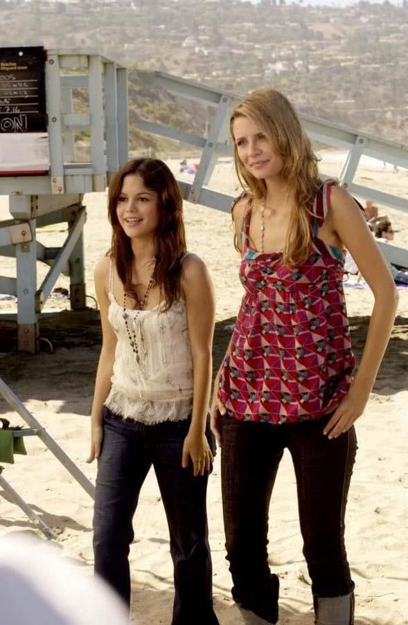 """The eternal """"cute top"""" and jeans pairing."""