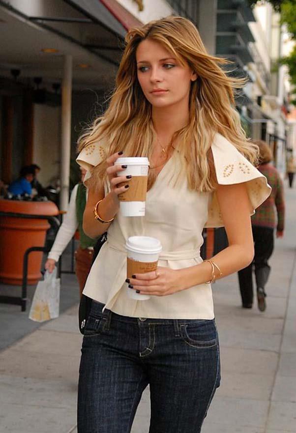 A boho coffee run.