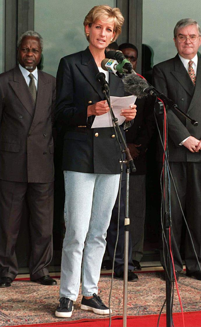 Princess Diana making a speech on her arrival in Angola on January 13, 1997