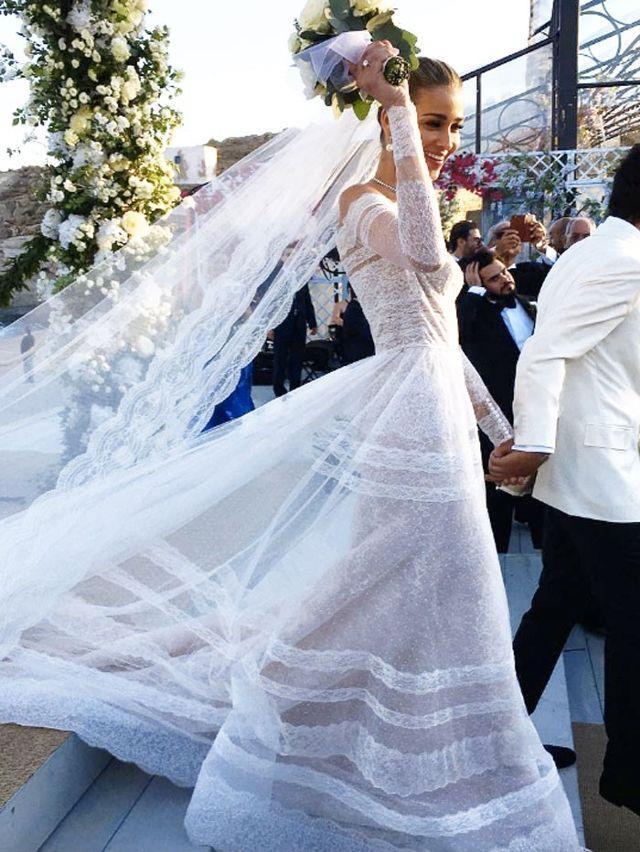 [Ana Beatriz Barros wore Valentino to marry](https://www.harpersbazaar.com.au/bazaar-bride/victorias-secret-model-ana-beatriz-barros-wedding-13223) Karim El Chiaty in 2016.