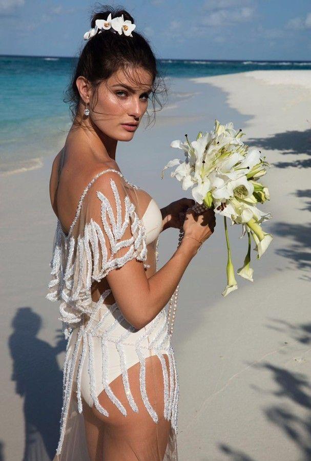[Isabeli Fontana wore Água de Coco to marry](https://www.harpersbazaar.com.au/bazaar-bride/victorias-secret-model-isabeli-fontana-wedding-13232) Diego Ferrero in 2016.