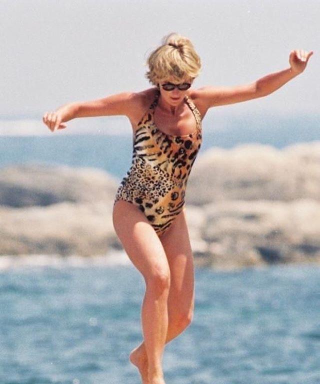 """Leopard lady revenge looks"" <br><br> *Image: [@ladydirevengelooks](https://www.instagram.com/p/BlR6eRSlkRE/?taken-by=ladydirevengelooks|target=""_blank"")*"