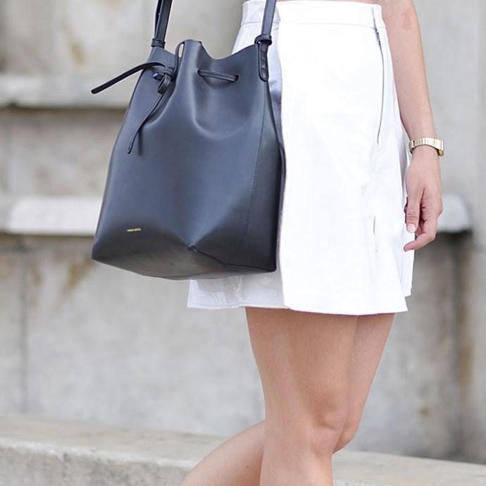 **10. A practical black bag for work**