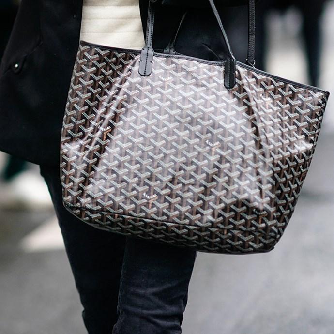 **3. The throw-around, casual handbag**