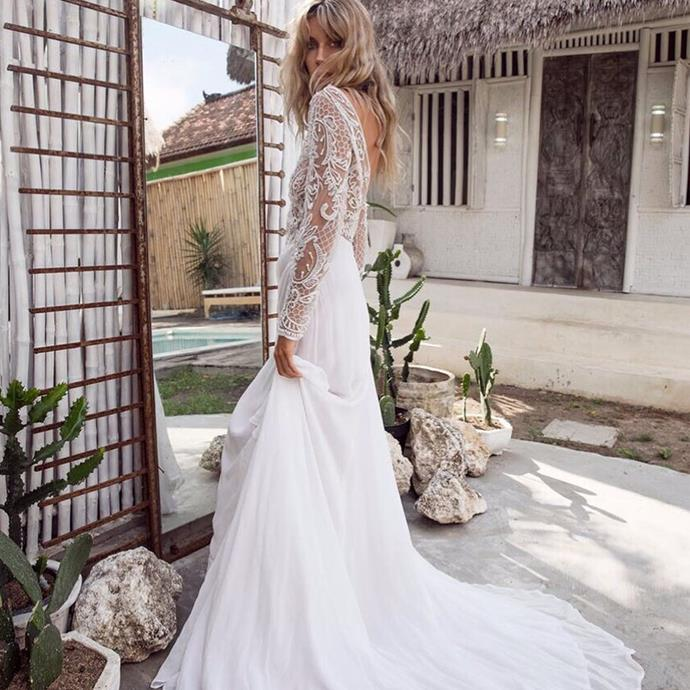 "<strong>Babushka Ballerina Bridal</strong> <br><br> If you're looking for a cult bridal buy, this is your boutique. Situated in Melbourne and Sydney, it stocks favourites such as Anna Campbell's embellished gowns. <br><br> Instagram: <a href=""https://www.instagram.com/babushkaballerina/?hl=en"">@babushkaballerina</a>"