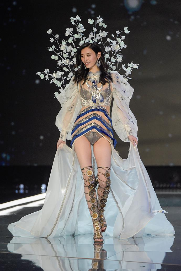 """***Ming Xi*** <br> Ming Xi became topical for all the wrong reasons last year, after VS showed the Chinese supermodel [taking a tumble](https://www.harpersbazaar.com.au/fashion/victorias-secret-fashion-show-2017-ming-xi-fall-15052