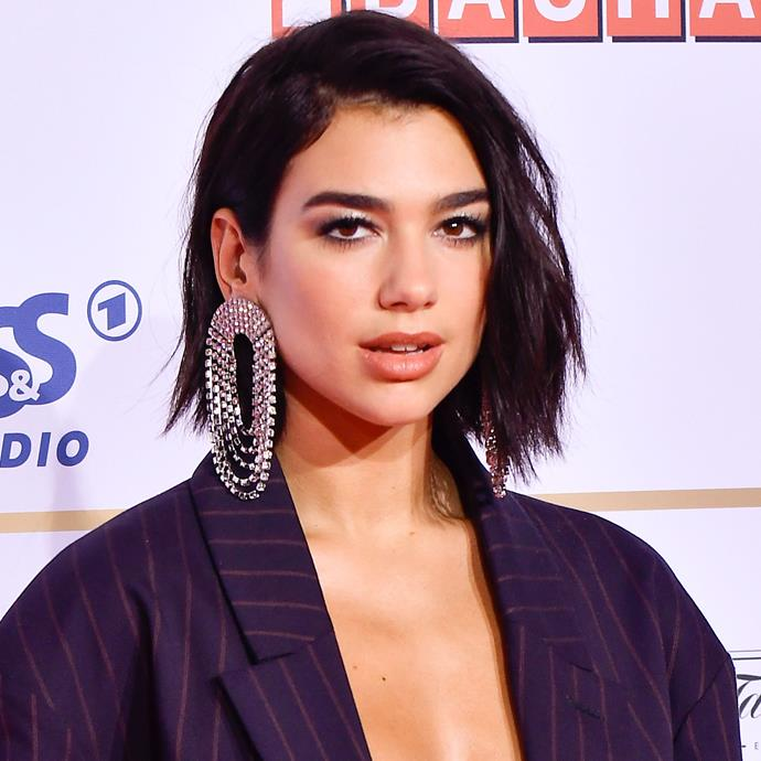 "**TEXTURED 'COOL GIRL' BOBS** <br><br> **Anthony Nader, Salon Owner and Creative Director at [RAW Anthony Nader](http://rawhair.com.au/ |target=""_blank""