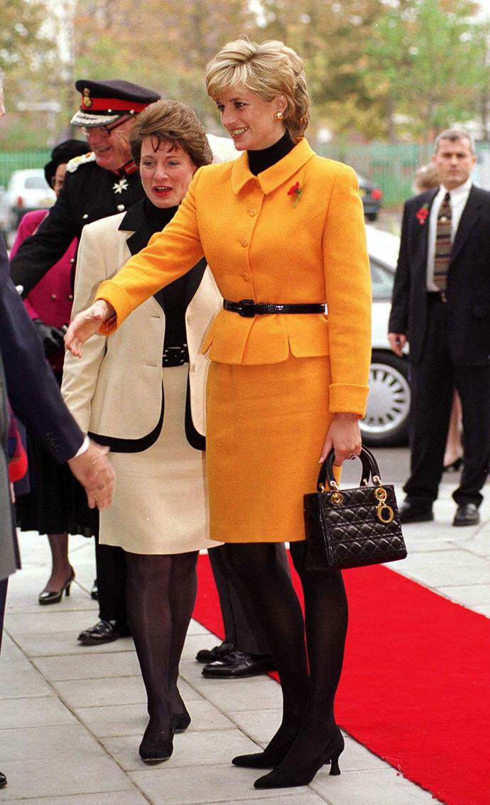 Arriving at the Liverpool Women's Hospital on November 7, 1995