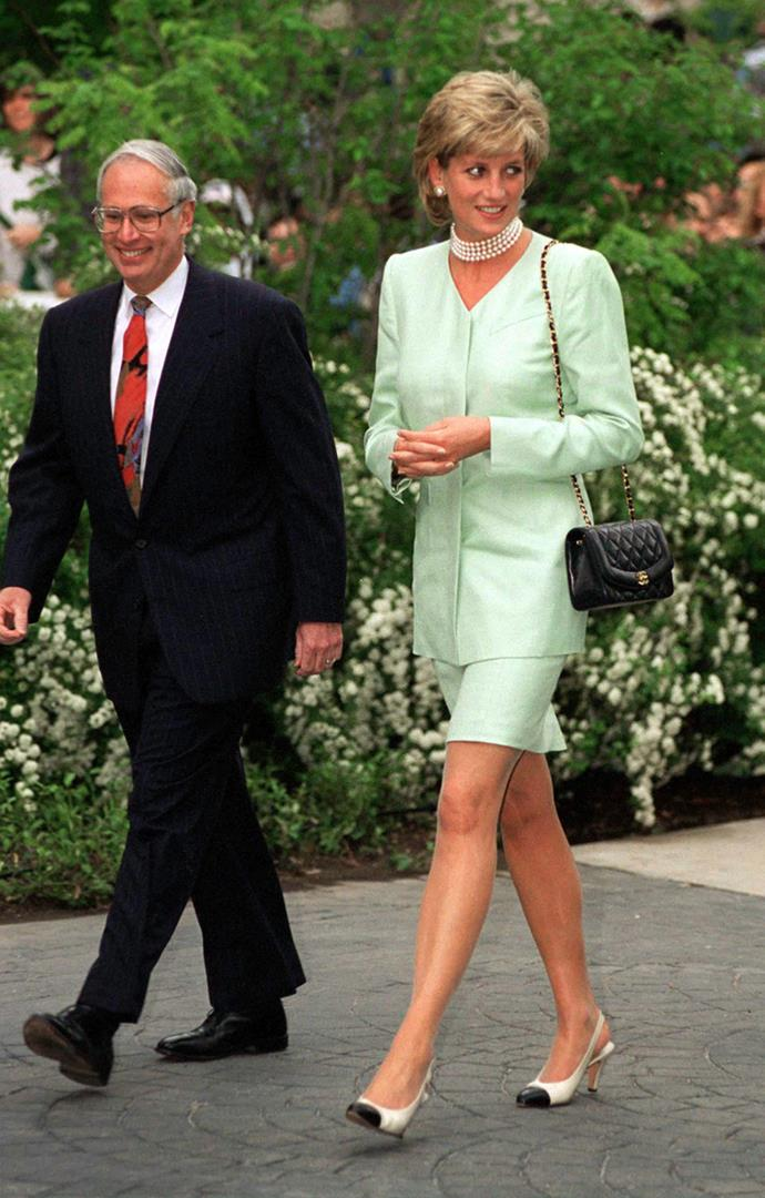 Arriving for a symposium on breast cancer at Northwestern University of Law in Chicago on June 4, 1996