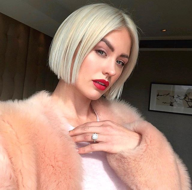 """**8. Jesinta Franklin** <br><br> *BAZAAR* cover girl Jesinta Franklin shares healthy recipes, outfit posts, beauty tutorials and intimate shots with her husband, Buddy Franklin, on her Instagram grid and Stories—amassing her a casual 406,000 followers. <br><br> Follow: [@jesinta_franklin](https://www.instagram.com/jesinta_franklin/?hl=en