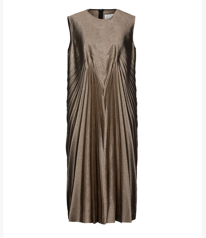"Maison Margiela dress, approx $1,353.02 at [YOOX](https://www.yoox.com/au/34889866BW/item#dept=women&sts=sr_women80&cod10=34889866BW&sizeId=5&sizeName=12&tp=171240&utm_campaign=SpringRacing_HBOct18&utm_source=HarpersBazaar_AU&utm_medium=vertical&utm_content=SpringRacing_HBOct18|target=""_blank""|rel=""nofollow"")"