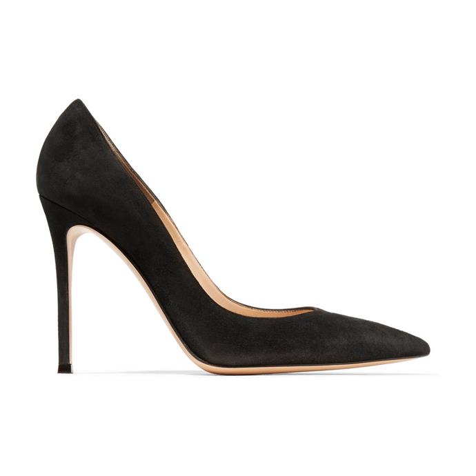 "**GIANVITO ROSSI BLACK PUMPS** <br><br> Gianvito Rossi 105 Black Suede Pumps, $960 at [Net-A-Porter](https://www.net-a-porter.com/au/en/product/535955/Gianvito_Rossi/100-suede-pumps|target=""_blank""