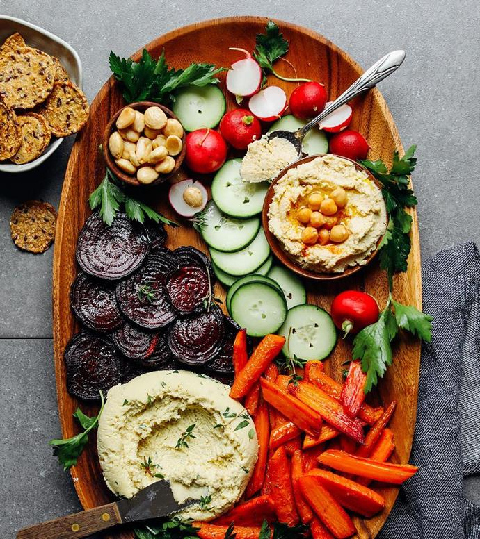 """<strong>Minimalist Baker</strong> <br><br> Eating healthy doesn't mean time-consuming meal planning and preparation. Just ask wife-husband team Dana and John Shultz, who will show you how to cook nutritious meals that have 10 ingredients or less, and only require one pan, and 30 minutes of cooking. <br><br> <a href=""""https://www.instagram.com/minimalistbaker/"""">@minimalistbaker</a>"""