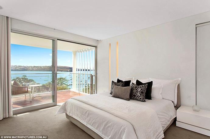 "The master bedroom <br><br> *Image: [Matrix Pictures/Daily Mail](https://www.dailymail.co.uk/tvshowbiz/article-6316229/Inside-Beckhams-17million-Sydney-Airbnb-mansion.html target=""_blank"")*"