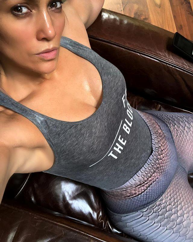 """***No excuses when it comes to exercise*** <br> This might come as a no-brainer to some, but Lopez doesn't forget to credit an abundance of exercise for her glowing skin.  <br><br> The performer's workout of choice is dance—something she does most days, whether at home or for a concert—and she told [*People*](https://people.com/style/jennifer-lopez-spills-her-secrets-for-looking-like-a-perfect-10-at-age-46-its-hard-work/