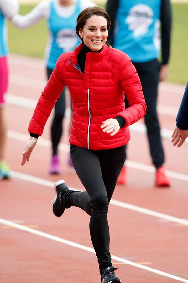 "***Exercise*** <br> Even through three pregnancies, the Duchess of Cambridge has always made fitness a priority. <br><br> Kate has been known to incorporate a generous amount of [cardio](https://www.harpersbazaar.com.au/health-fitness/does-yoga-work-as-well-as-cardio-6547|target=""_blank"") and weights into her fitness routine, and is said to work out daily—all *without* a personal trainer, according to [*Daily Mail*](https://www.dailymail.co.uk/femail/article-3816753/The-secret-Kate-s-enviably-toned-figure-plank-Sporty-Duchess-fan-muscle-tightening-exercise-CrossFit.html