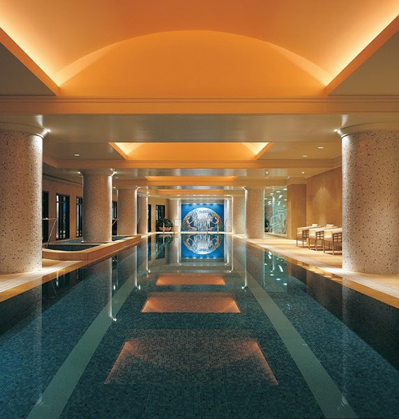 "***[Park Club Health & Day Spa at The Park Hyatt, CBD](https://www.hyatt.com/en-US/spas/Park-Club-Health-And-Day-Spa/treatments.html|target=""_blank""