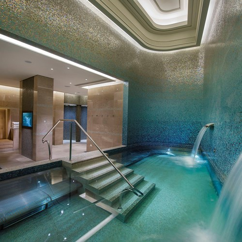 "***[Crown Spa, Southbank](https://www.crownhotels.com.au/crown-spa-melbourne/|target=""_blank""