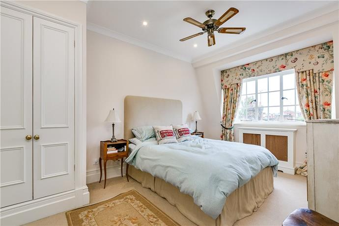 The master bedroom. Courtesy Knight Frank