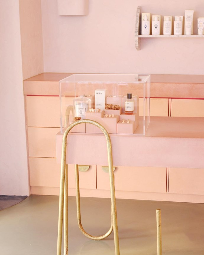 "***PLAYA by Lucy Folk*** <br><br> Rustic concrete cabinets, brass finishings and textured surfaces—all coated in lashings of Millennial pink for maximum Instagram opportunities—PLAYA by Lucy Folk is a concept store like no other. Shop for beach-ready brands in Lisa Marie Fernandez, HNDWVN and Benoît Missolin, before moving onto Folk's own jewellery, accessories and apparel. Don't forget to get your Story snap in before you go, they won't judge—promise. <br><br> Shop here: *[PLAYA by Lucy Folk](https://lucyfolk.com/pages/stores#bondi|target=""_blank""