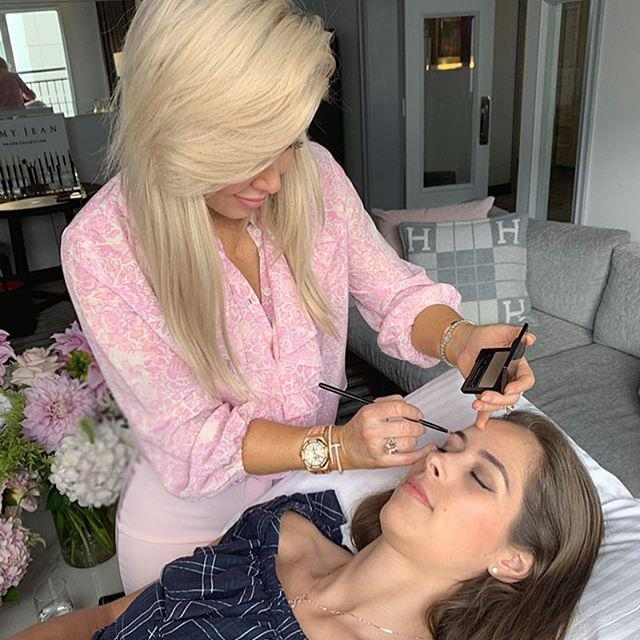 "***Amy Jean Brow Agency*** <br><br> Amy Jean's worldwide legion of fans (both in Australia and the UK) know that her brow treatments, which feature Keratin brow fusion and the use of Henna tinting, are second-to-none. We'd recommend touching up your lashes while you're there, too. <br><br> *Suite 618, Level 6, 185 Elizabeth Street Sydney 2000* <br> *Image: [@rebeccavallance](https://www.instagram.com/rebeccavallance/|target=""_blank""