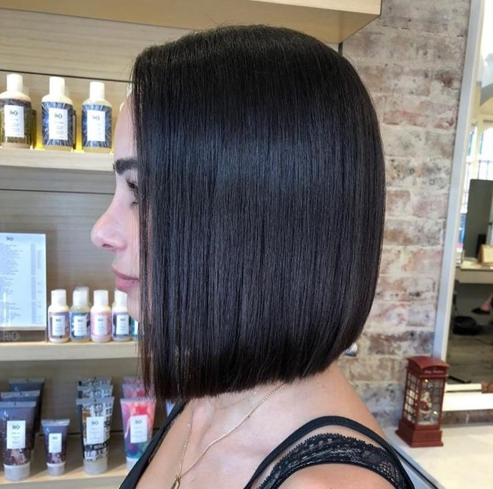 "**THE NINETIES SQUARE BOB**  <br><br> **Paloma Garcia, Director, [Paloma Salon](https://www.paloma-salon.com/|target=""_blank""