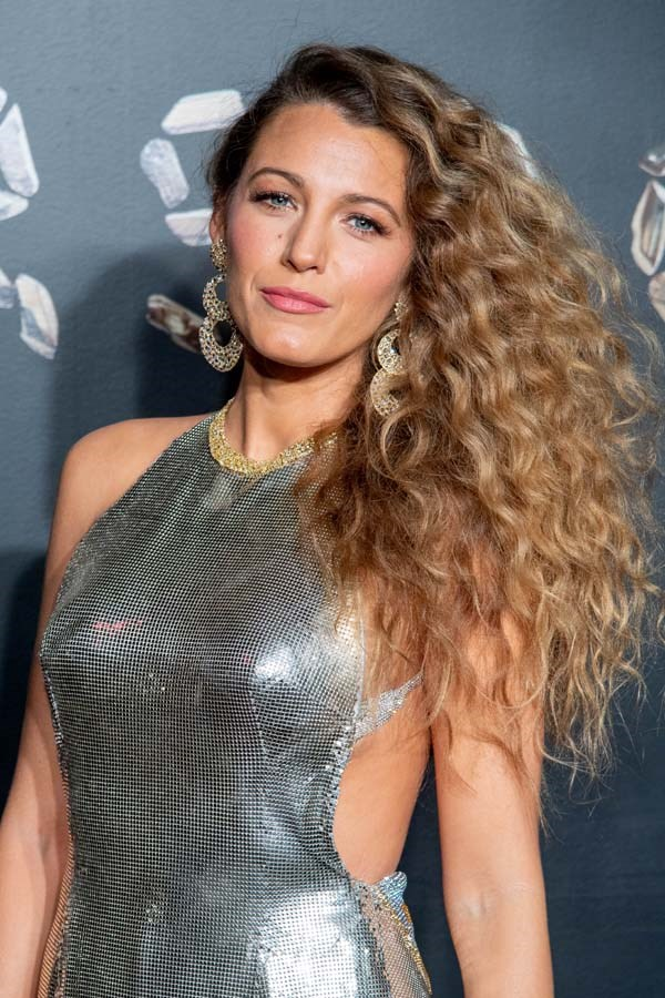"***Blake Lively***<br><br> Her husband might be the face of a gin, but Blake Lively doesn't partake. ""I don't drink. I've never tried a drug,"" she told *[Allure](https://www.allure.com/gallery/blake-lively-2012#slide=1