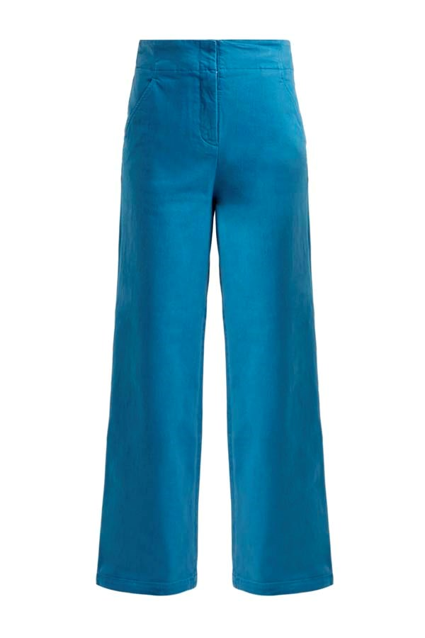 """*Colour Blocked*<br><br> Jeans by Tibi, $719 at [MATCHESFASHION.COM](https://www.matchesfashion.com/products/Tibi-High-rise-wide-leg-jeans-1247981 target=""""_blank"""" rel=""""nofollow"""")."""