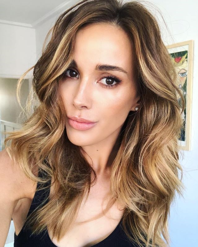 """**HIGH BALAYAGE** <br><br> Rest assured, balayage isn't going anywhere in 2019, but the way it's applied is undergoing an overhaul. """"Expect to see less drastic contrasts in balayage with the blonde being higher for a more natural and sun kissed finish,"""" Uva says."""